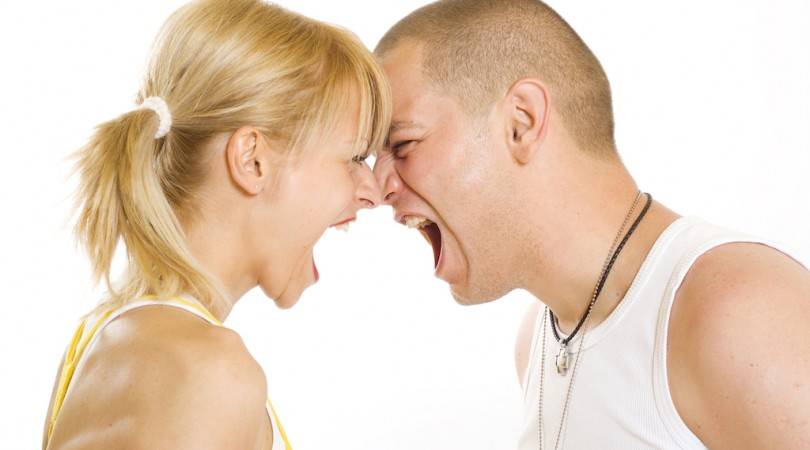 Problèmes de couple, les régler avec un voyant