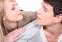 10 signes qu'un homme est amoureux de vous !